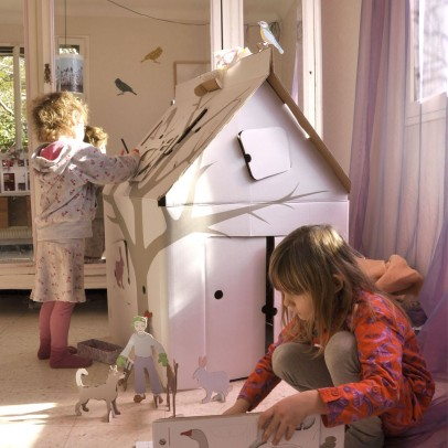 http://static.smallable.com/237692-thickbox/kidsonroof-casa-cabana-cardboard-house-with-patterns.jpg