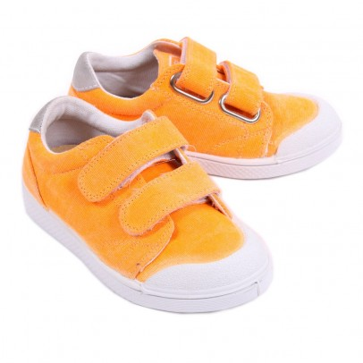 http://static.smallable.com/372390-thickbox/tennis-velcro-toile-arancione-fluo.jpg