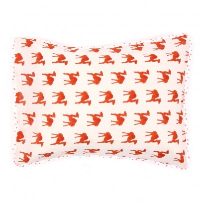 http://static.smallable.com/380355-thickbox/coussin-imprime-dromadaires.jpg