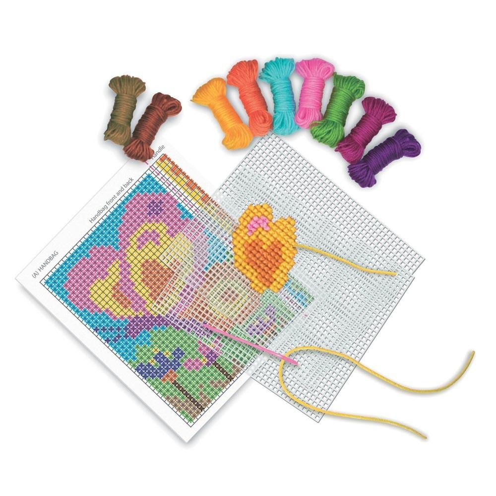 Kit punto croce per bambini modificare una pelliccia for Ricami punto croce per neonati