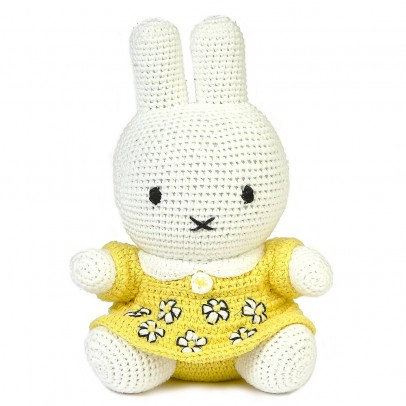http://static.smallable.com/475266-thickbox/doudou-miffy-jaune.jpg