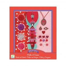 Perles et coeurs Multicolore