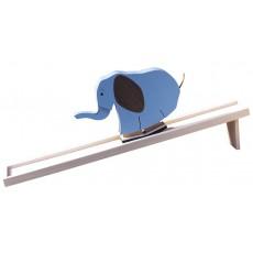 Eléphant sur pente douce