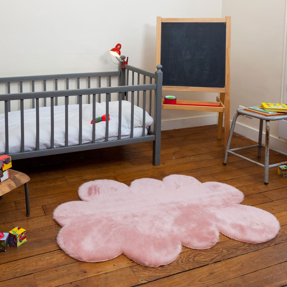 tapis nuage vieux rose vieux rose pilepoil d coration enfant smallable. Black Bedroom Furniture Sets. Home Design Ideas