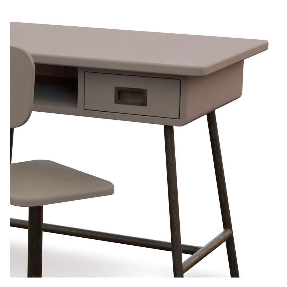 bureau la classe et sa chaise d 39 atelier taupe laurette. Black Bedroom Furniture Sets. Home Design Ideas