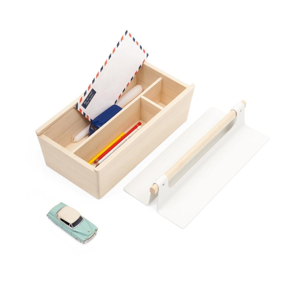 bo te de rangement caisse outils blanc hart d coration smallable. Black Bedroom Furniture Sets. Home Design Ideas