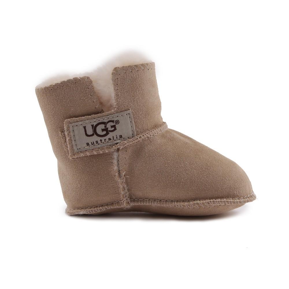 bottes fourr es erin sable ugg chaussures enfant smallable. Black Bedroom Furniture Sets. Home Design Ideas