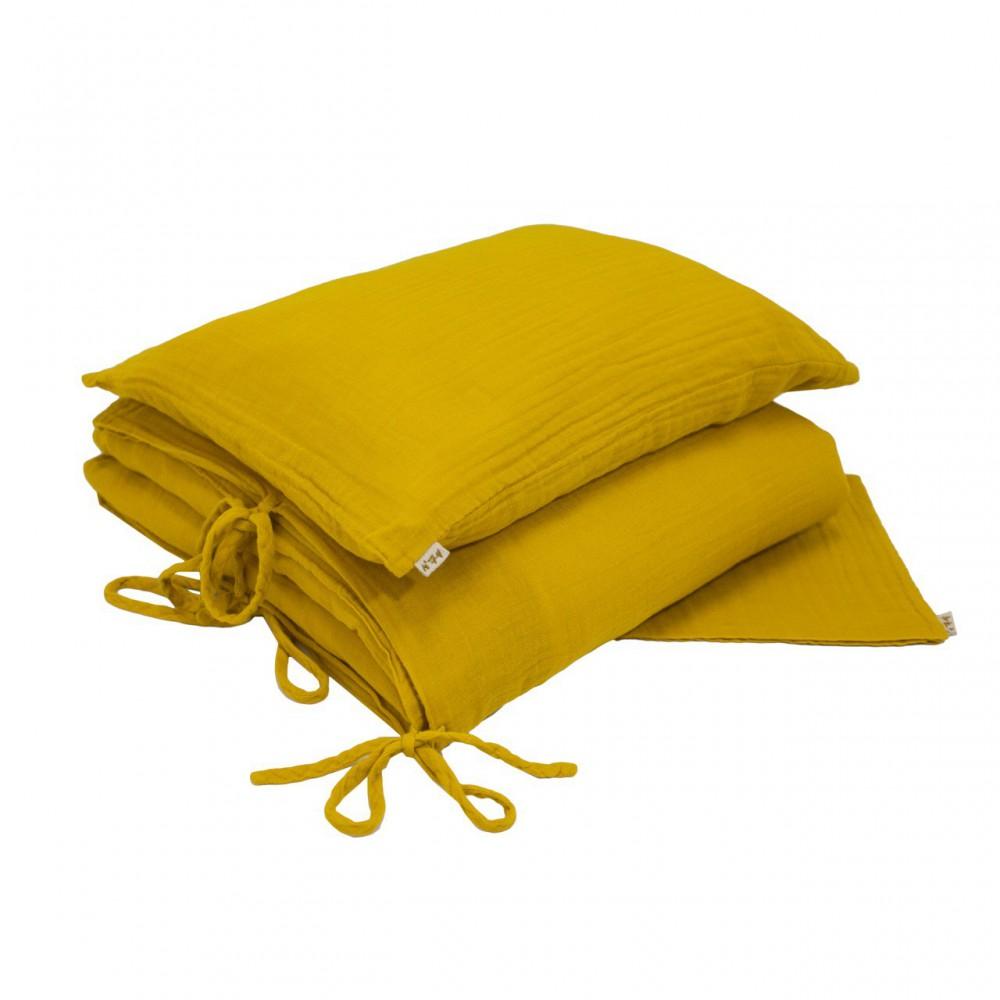 parure de lit jaune tournesol numero 74 univers b b smallable. Black Bedroom Furniture Sets. Home Design Ideas