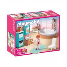 Salle de bains avec baignoire et pare-douche réf.5330