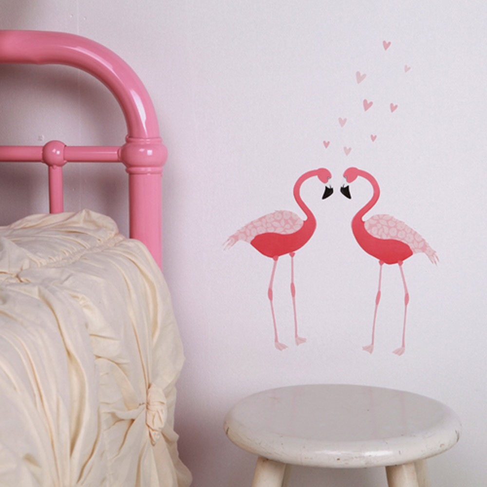 Stickers mini flamant rose love mae d coration smallable - Decoration flamant rose ...
