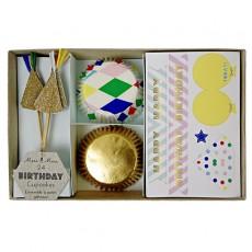 Moules à gâteaux, autocollants et décorations Harlequin - Lot de 24