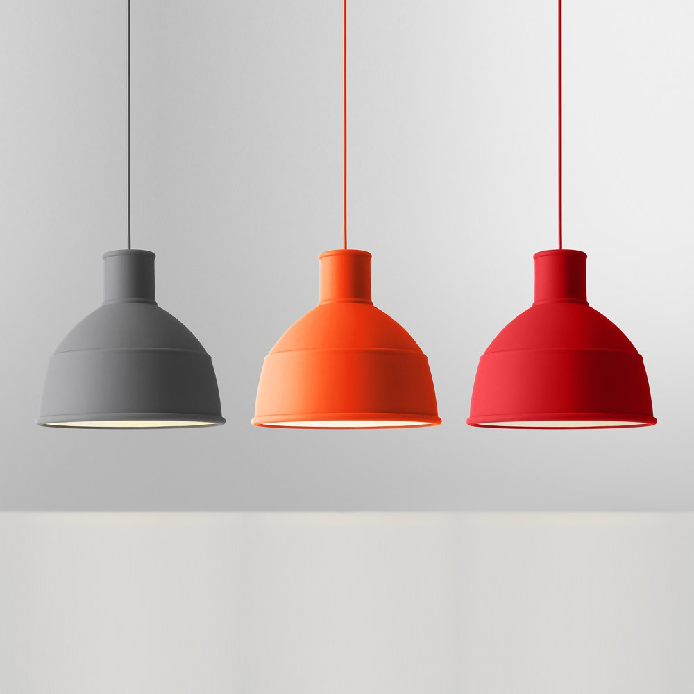 Suspension unfold rouge muuto d coration smallable for Suspension rouge
