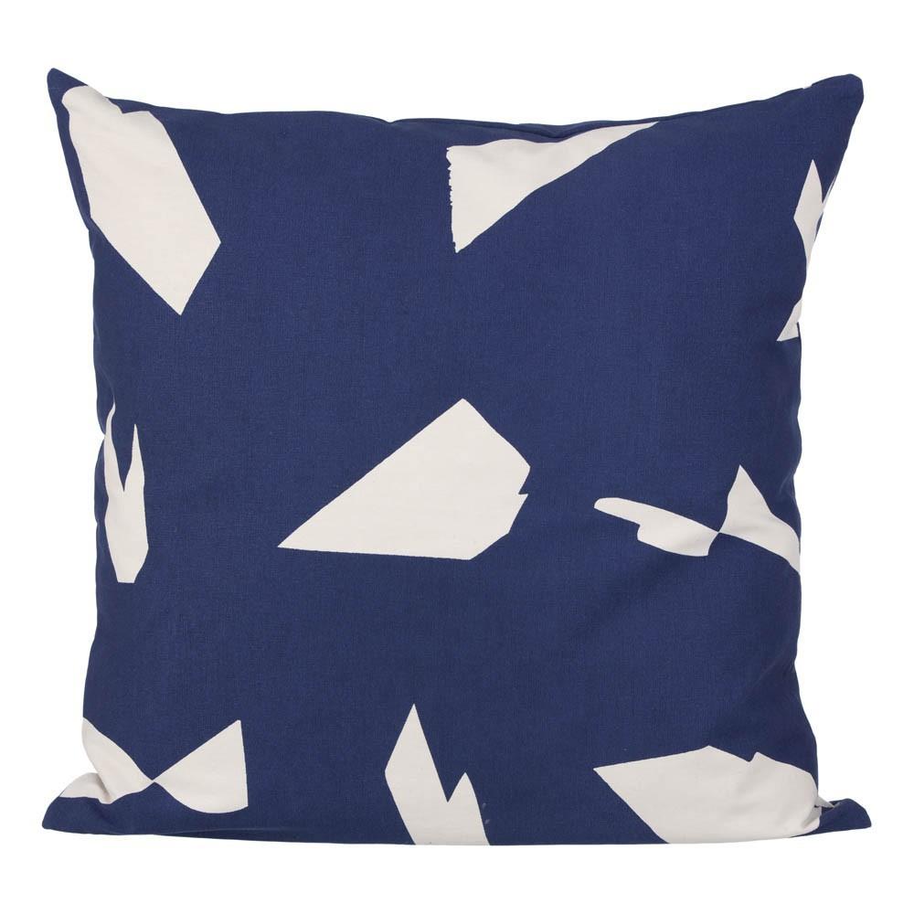 coussin cut bleu 50x50 cm ferm living d coration. Black Bedroom Furniture Sets. Home Design Ideas