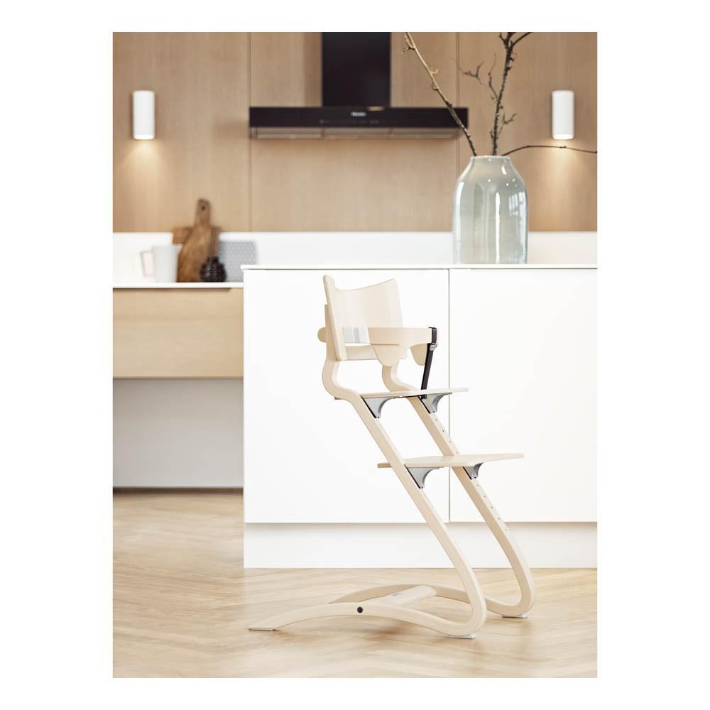 chaise haute avec arceau c rus leander univers b b smallable. Black Bedroom Furniture Sets. Home Design Ideas