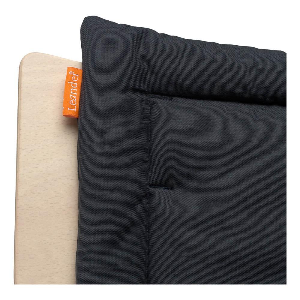 Coussin chaise haute leander gris charbon leander for Coussin pour chaise haute bebe