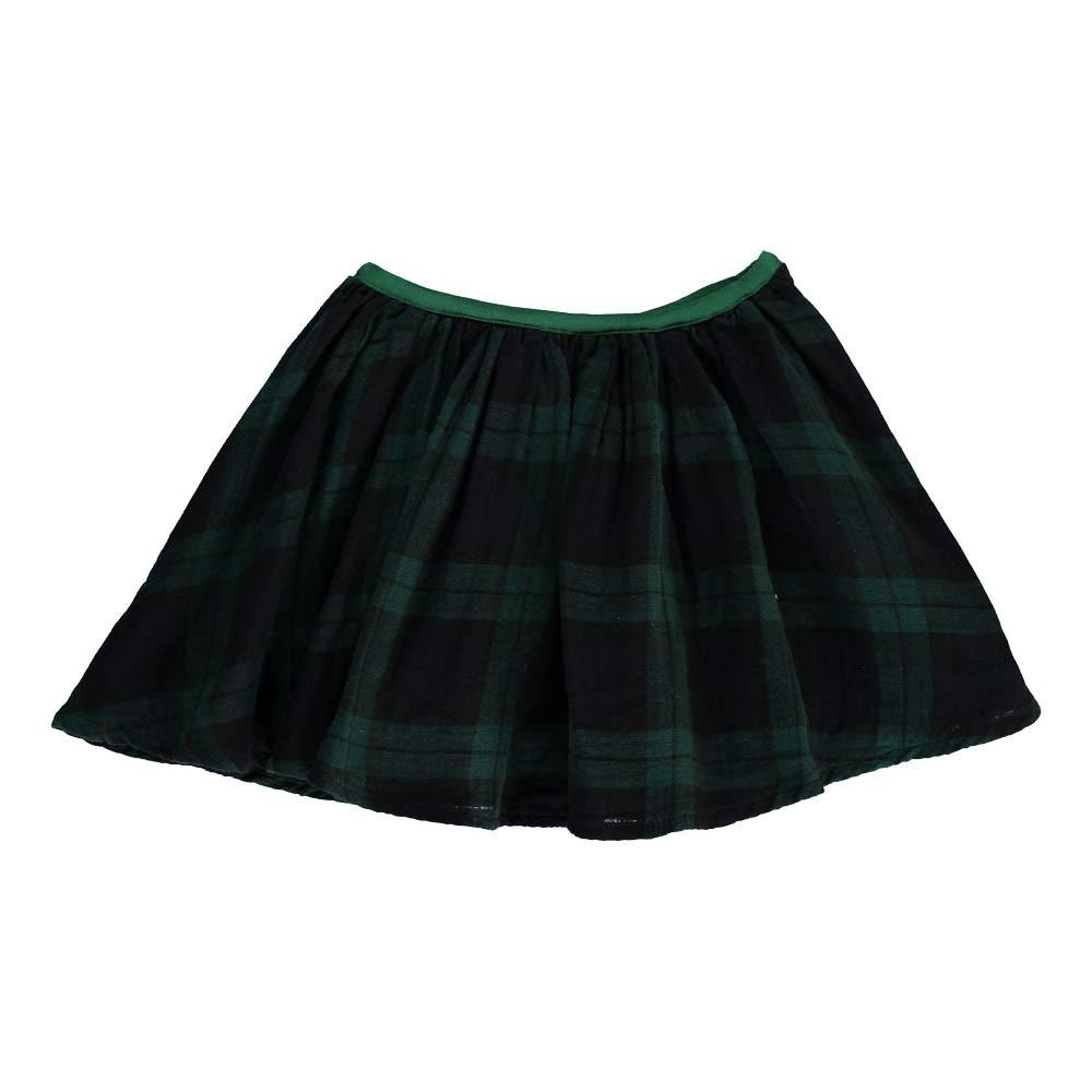 Adolescents sucer la bite dans les jupes courtes - Elle suce dans la cuisine ...