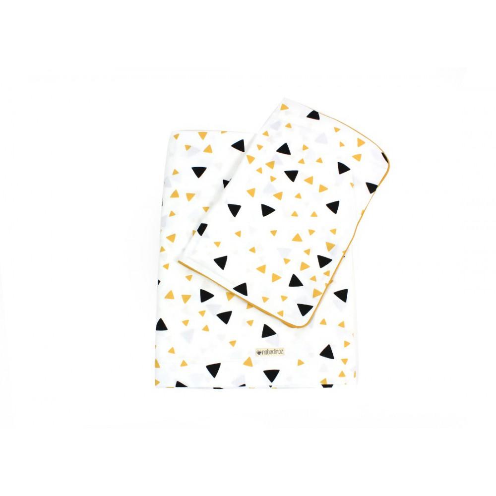 parure de lit vancouver triangles noir jaune jaune. Black Bedroom Furniture Sets. Home Design Ideas