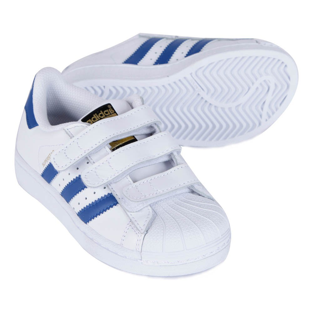 baskets scratchs superstar bleu blanc adidas chaussures enfant smallable. Black Bedroom Furniture Sets. Home Design Ideas
