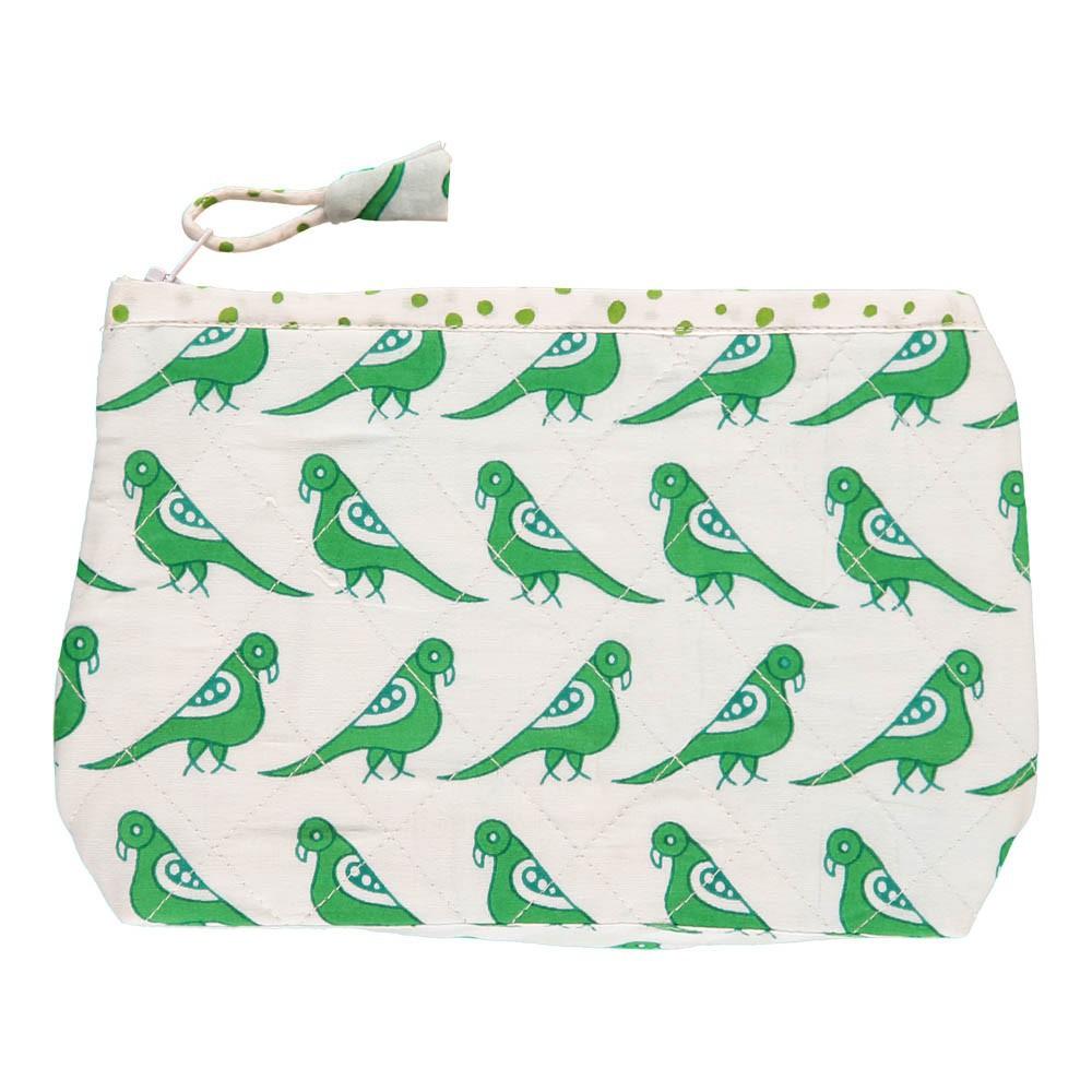 trousse de toilette en coton quilt oiseaux vert le petit lucas du tertre mode enfant smallable. Black Bedroom Furniture Sets. Home Design Ideas