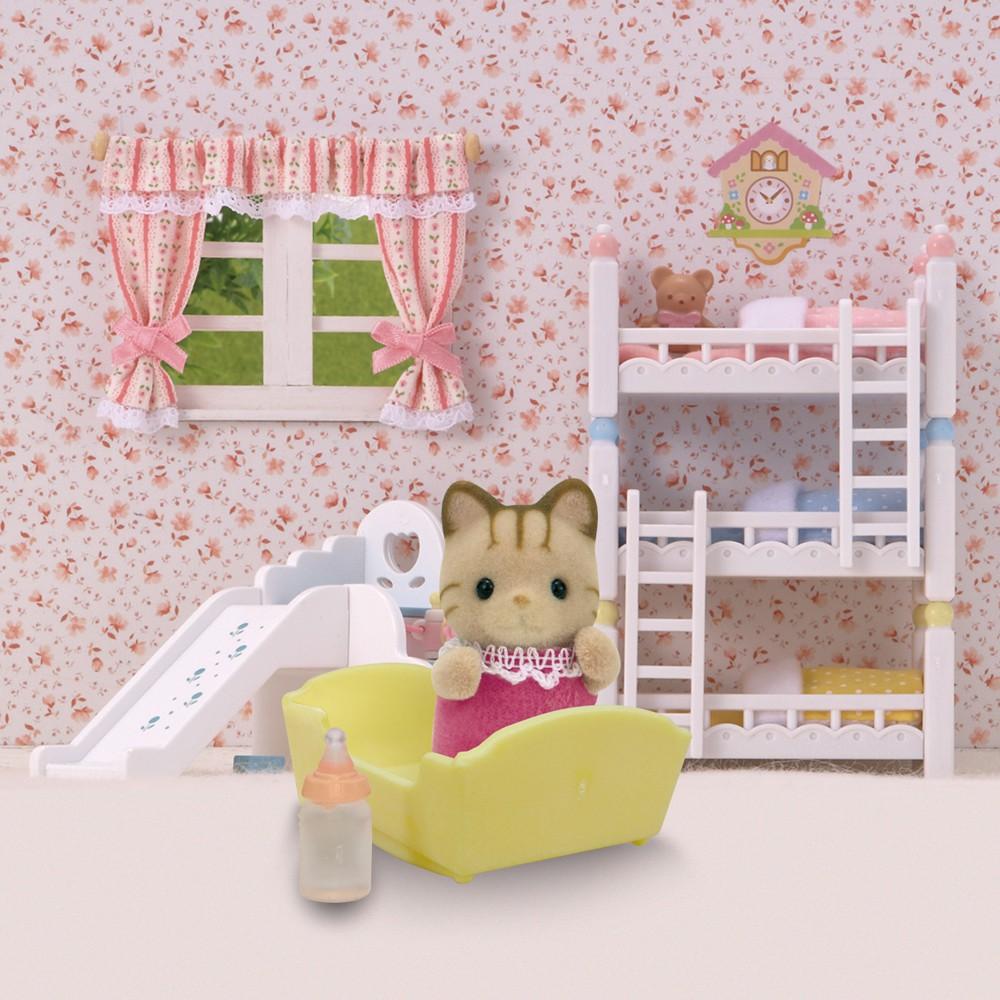 b b chat tigr multicolore sylvanian jeux jouets loisirs enfant smallable. Black Bedroom Furniture Sets. Home Design Ideas