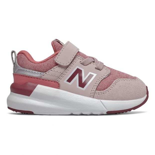 new balance trainers velcro