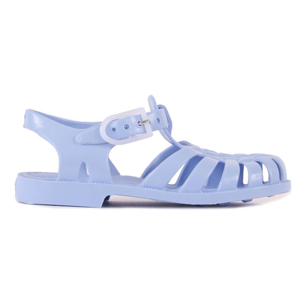 Sandali di plastica