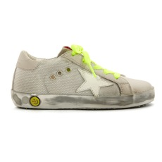 product-Golden Goose Deluxe Brand Baskets Basses Mesh Superstar Semelle Argentée Lacets Fluos