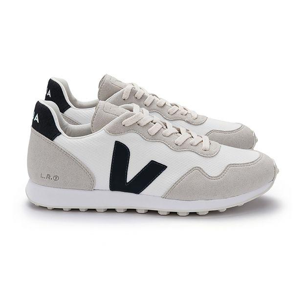 f656b3d2e Hexa Trainers - Women s Collection Black Veja Shoes Adult. «